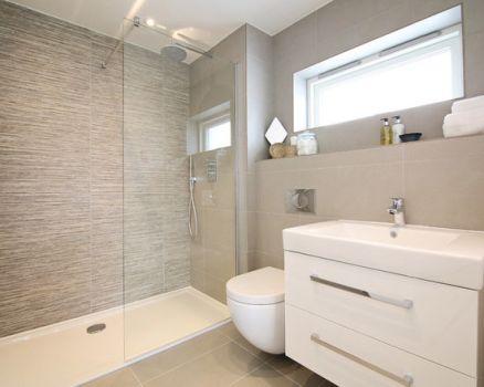 淋浴房铝合金框架该如何保养?
