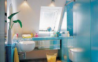 简易淋浴房地面有积水该如何解决?