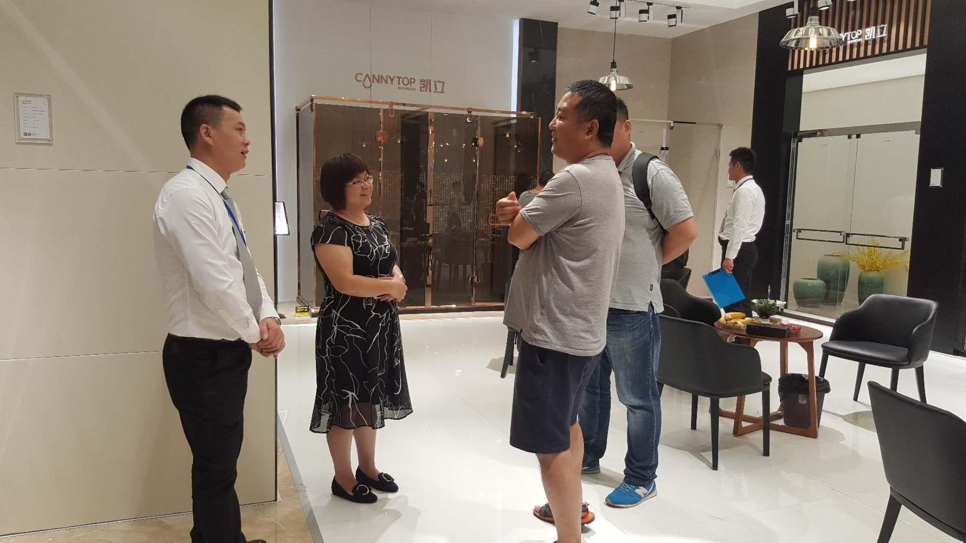 2018上海国际厨卫展持续进行 凯立展馆现场热情持续火爆