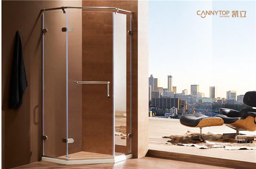 在选购淋浴房时,滑轮为何如此受到重视?